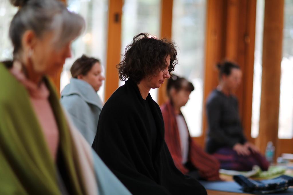 Yogamelange_200+H Teacher-Training